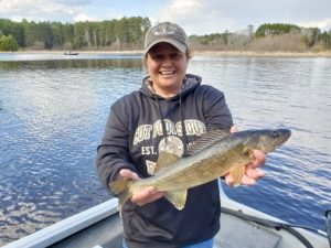 lake winnie fall walleye